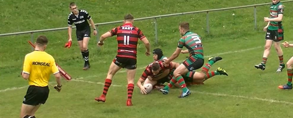 East beat Waterhead in NCL thriller